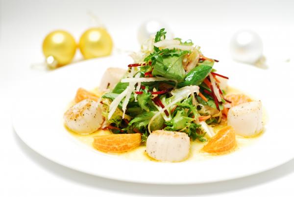 Новогодний салат из гребешков