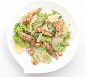 Салат «Цезарь»: пять основных рецептов