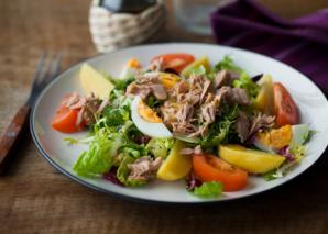 Рецепты салатов: как поправить здоровье после праздников