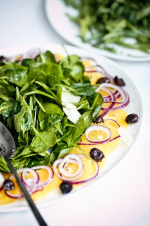 Шпинат: полезно и вкусно. Разнообразные салаты со шпинатом