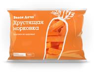 Отборная, свежая сладкая морковка, нарезанная палочками