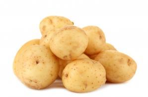 Салаты с молодой картошкой и овощами